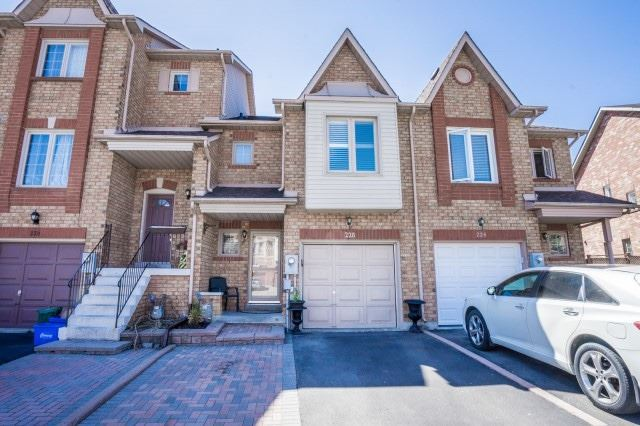 pictures of 228 Kelso Cres, Vaughan L6A2E1