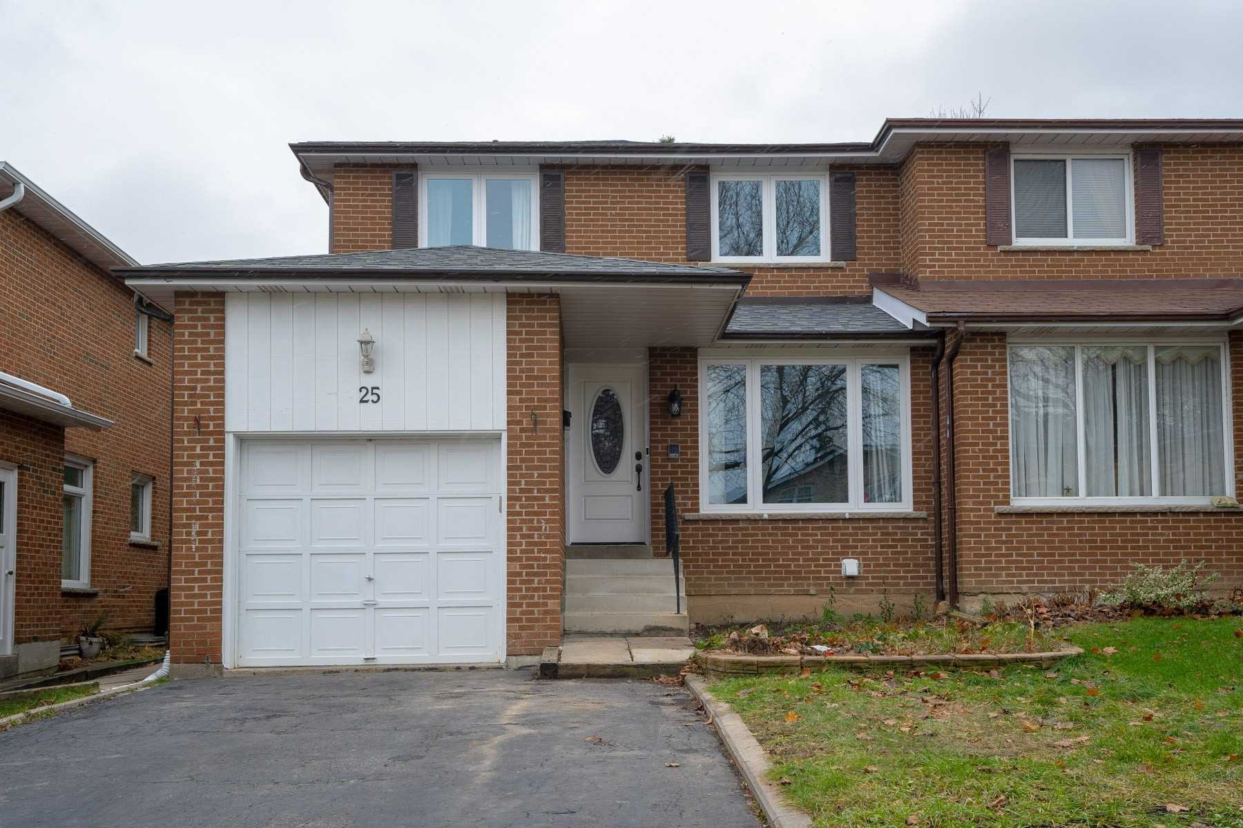 pictures of 25 Charnwood Pl, Markham L3T 5H2