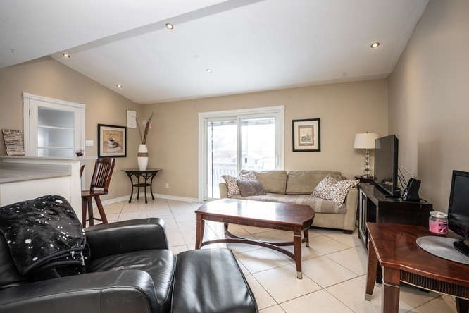 pictures of 8326 Kipling Ave, Vaughan L4L2A8