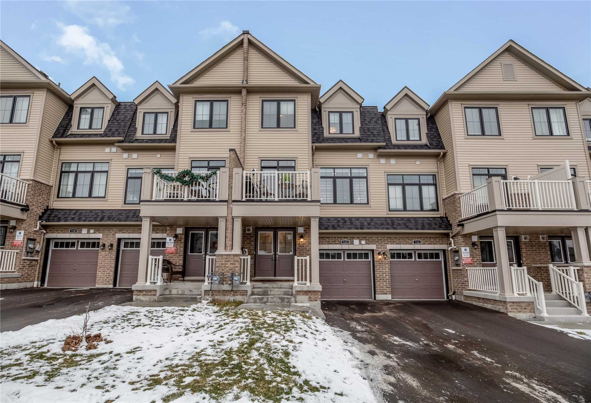 pictures of 132 Alvin Pegg Dr, East Gwillimbury L9N0R7