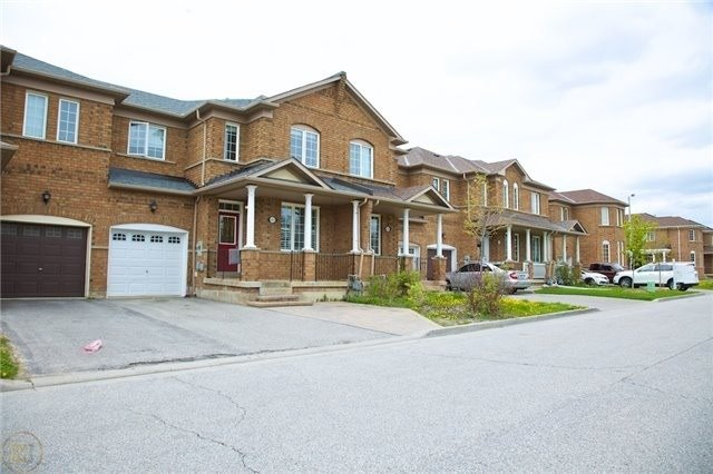 pictures of 157 Wildberry Cres, Vaughan L4H2C4