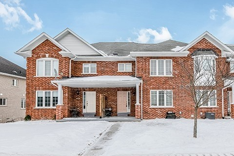 pictures of 499 Jim Barber Crt, Newmarket L3Y9E6