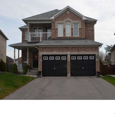 pictures of 210 Regency View Hts, Vaughan L6A3V3