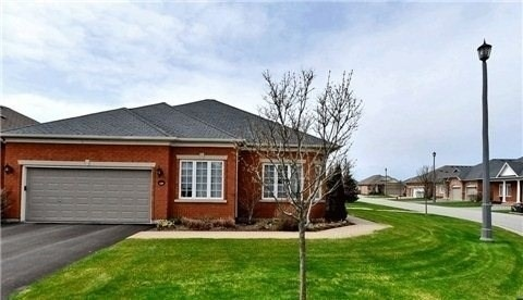 pictures of 159 Couples Gallery, Whitchurch-Stouffville L4A 1M8