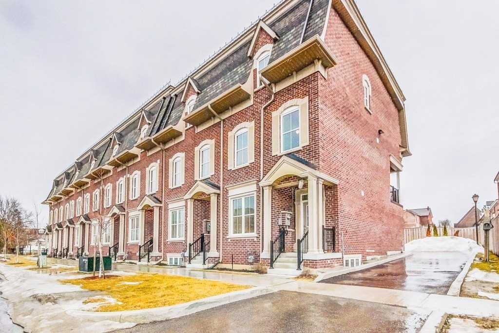 pictures of 15 Water St, Markham L3P1N3