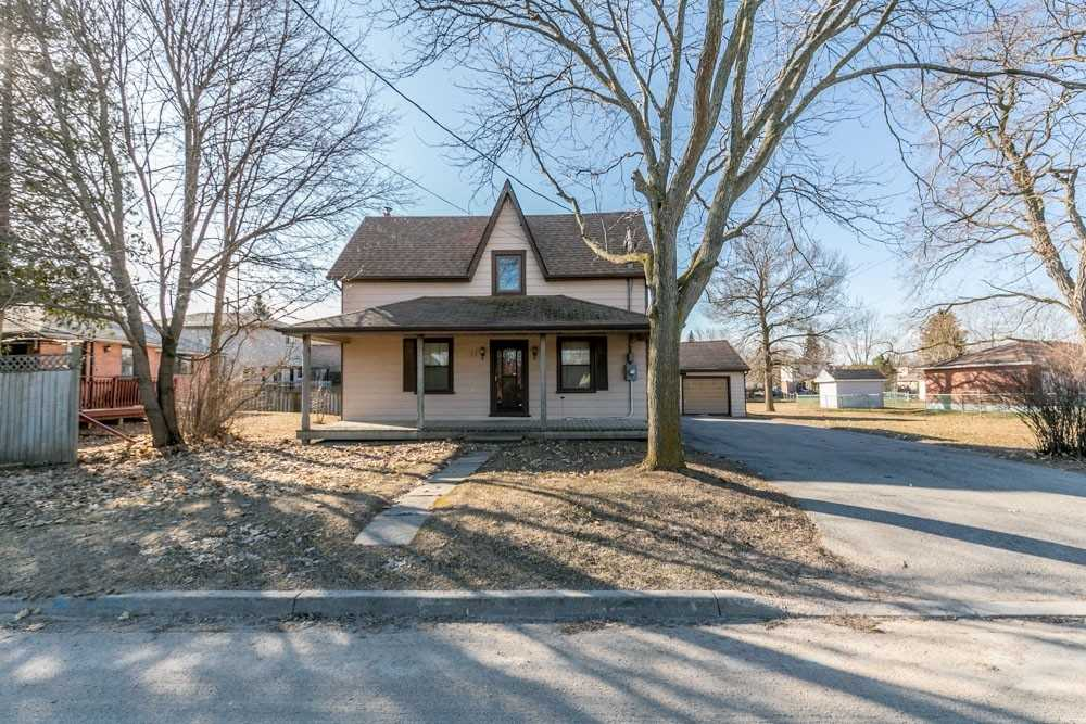 pictures of house for sale MLS: N4401856 located at 71 Lilly St, New Tecumseth L0G1A0