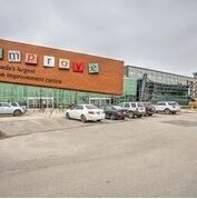 pictures of 7250 Keele St, Vaughan L4K1Z8
