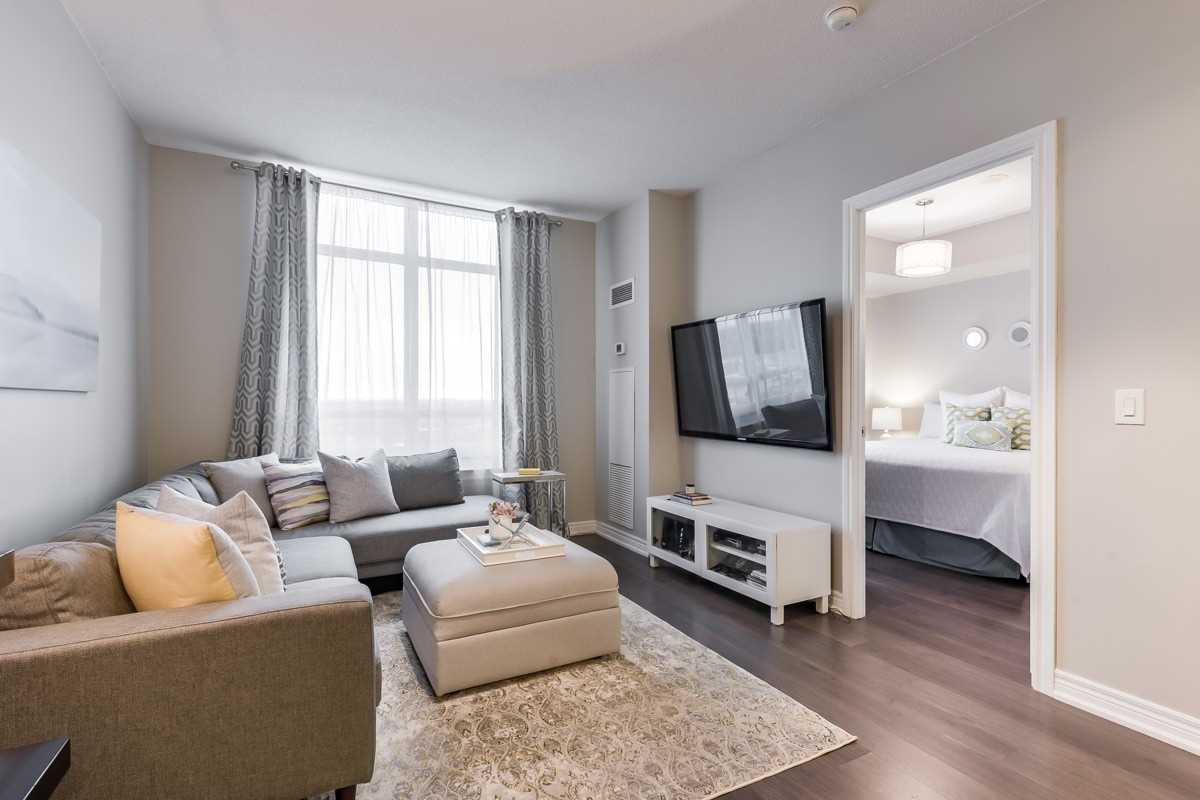 Image 3 of 20 showing inside of 1 Bedroom Condo Apt Apartment for Sale at 9245 Jane St Unit# 1603, Vaughan L6A0J9