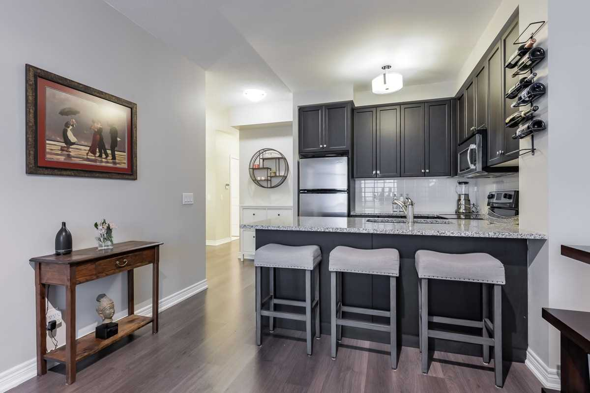Image 20 of 20 showing inside of 1 Bedroom Condo Apt Apartment for Sale at 9245 Jane St Unit# 1603, Vaughan L6A0J9