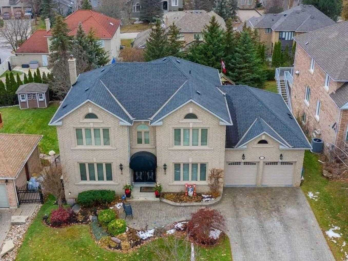 pictures of house for sale MLS: N4640561 located at 398 Vaughan Mills Rd, Vaughan L4H1B2