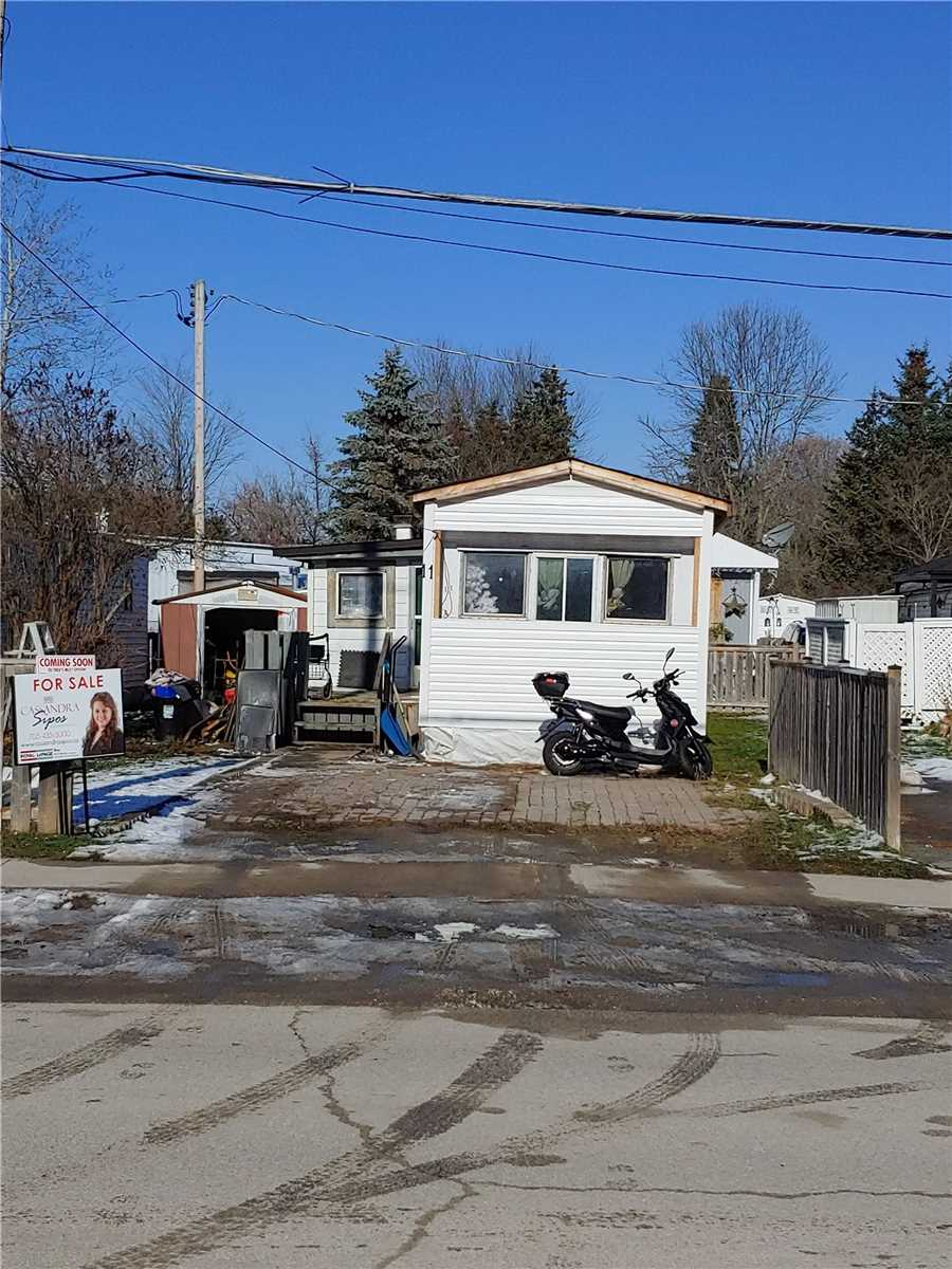 pictures of house for sale MLS: N4641159 located at 11 Pine River Rd, Essa L0M1B2