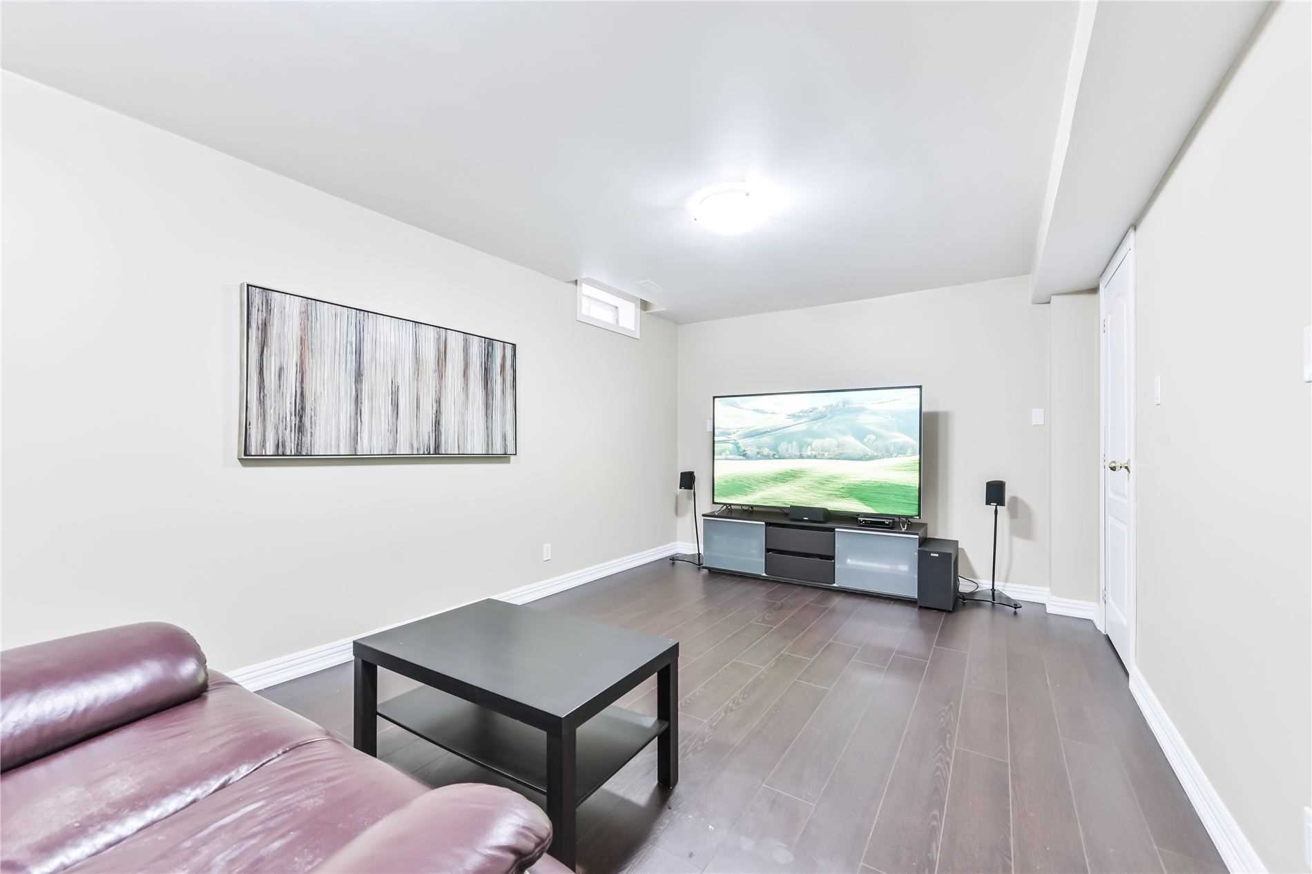 pictures of 101 Valleymede(Basement) Dr, Richmond Hill L4B1T6