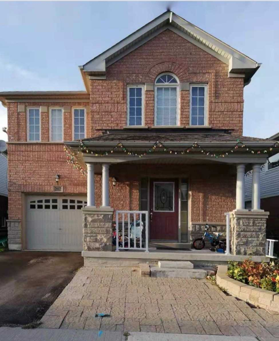 pictures of 202 Reeves Way Blvd, Whitchurch-Stouffville L4A0H6