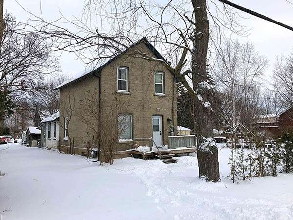 pictures of house for sale MLS: N4670320 located at 624 Main St, Brock L0K1A0