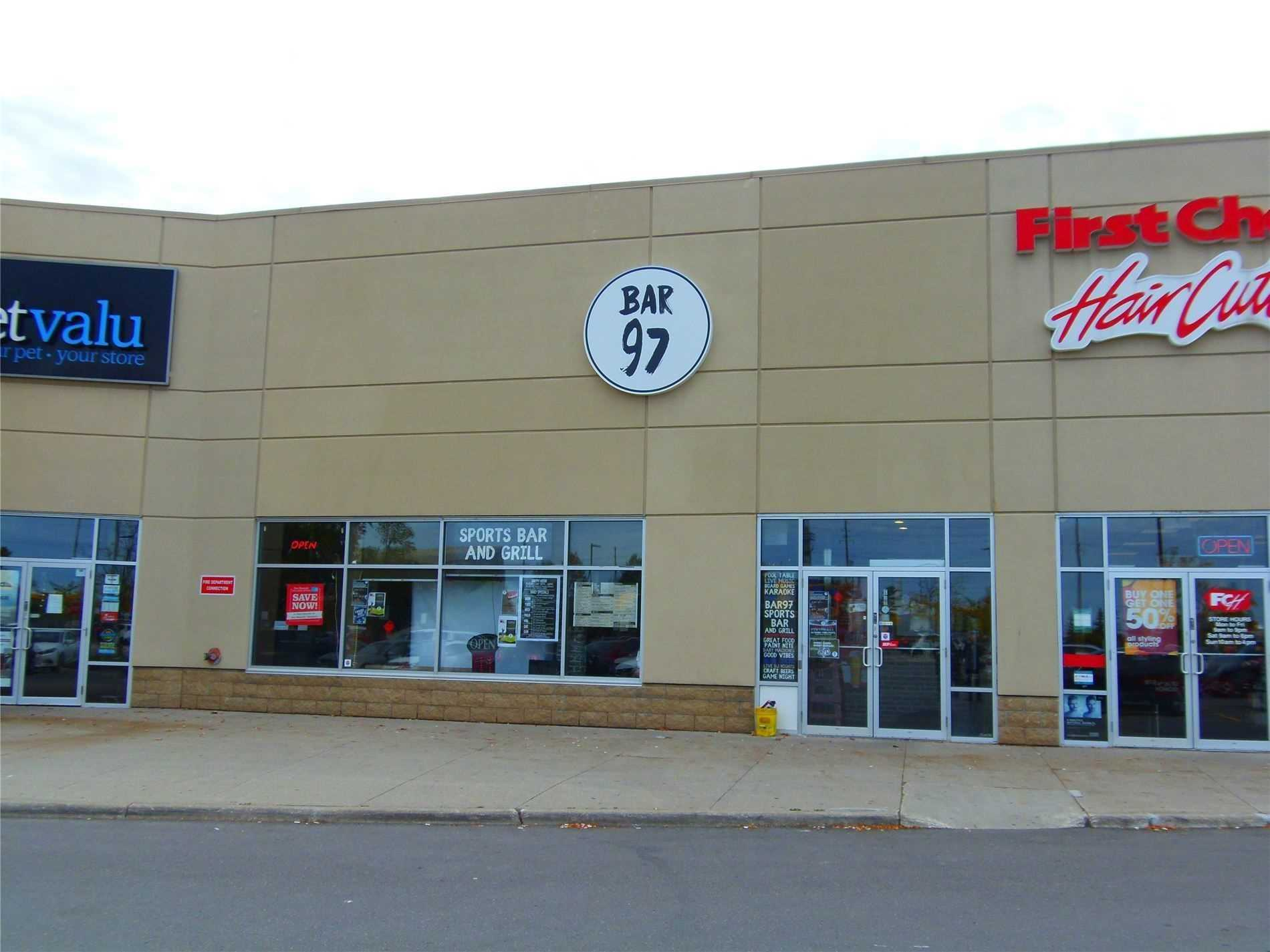 pictures of 16640 Yonge St, Newmarket L3X2N8