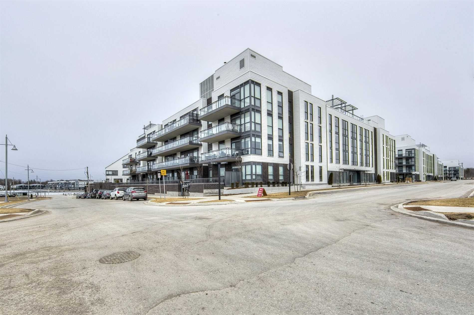 pictures of 241 Sea Ray Ave, Innisfil L9S0L9