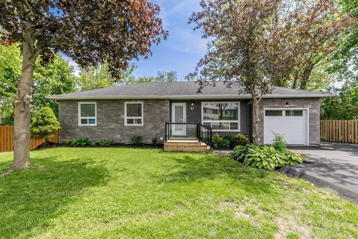pictures of 61 Valley Rd, Whitchurch-Stouffville L4A7X3