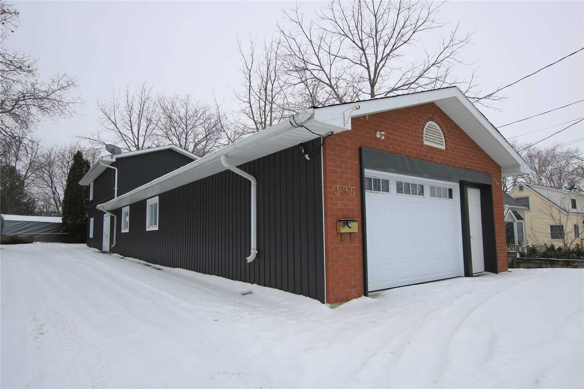 pictures of house for sale MLS: N4682731 located at 395 Bay St, Brock L0K1A0