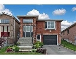pictures of house for sale MLS: N4684714 located at 39 Breeze Dr, Bradford West Gwillimbury L3Z3A6
