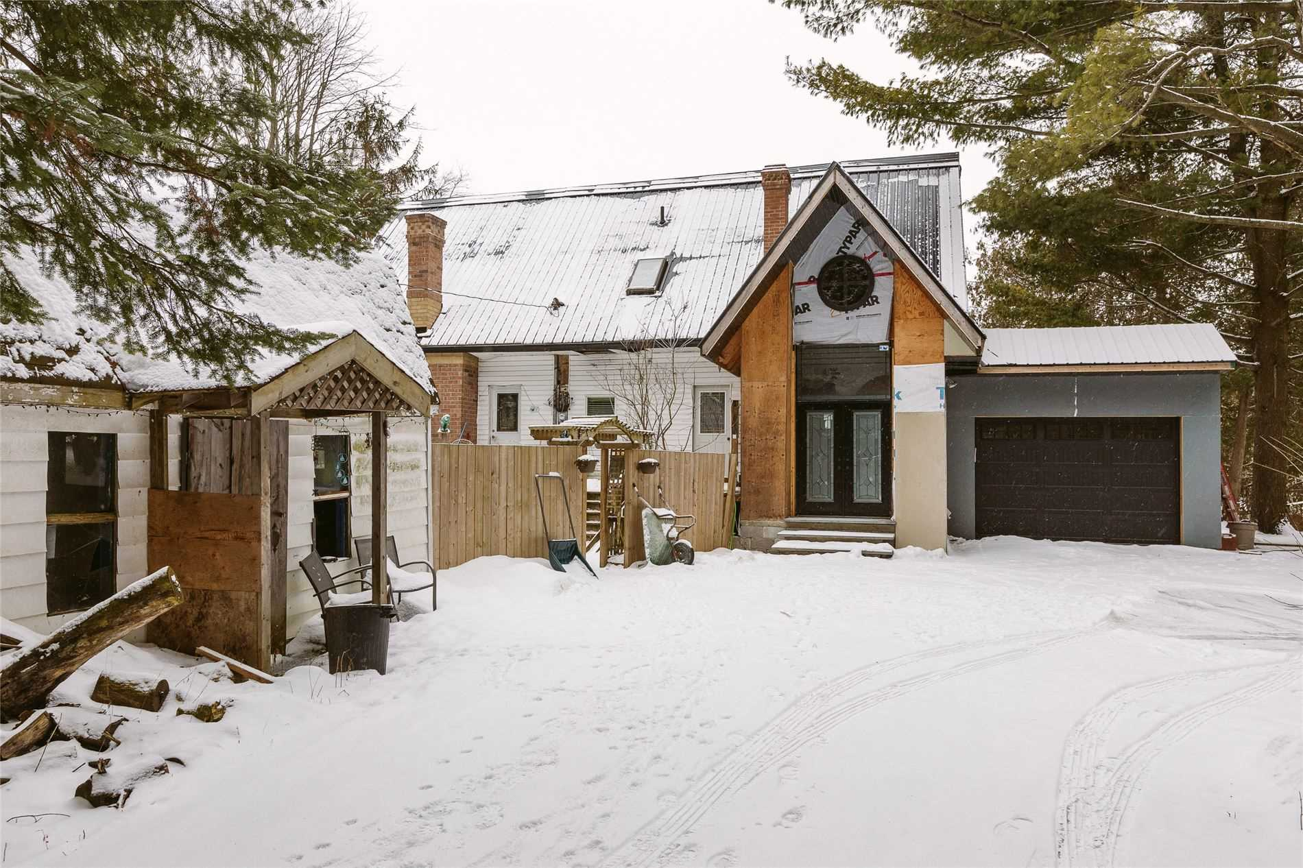 pictures of house for sale MLS: N4686484 located at 647B Ravenshoe Dr, Uxbridge L0C1C0