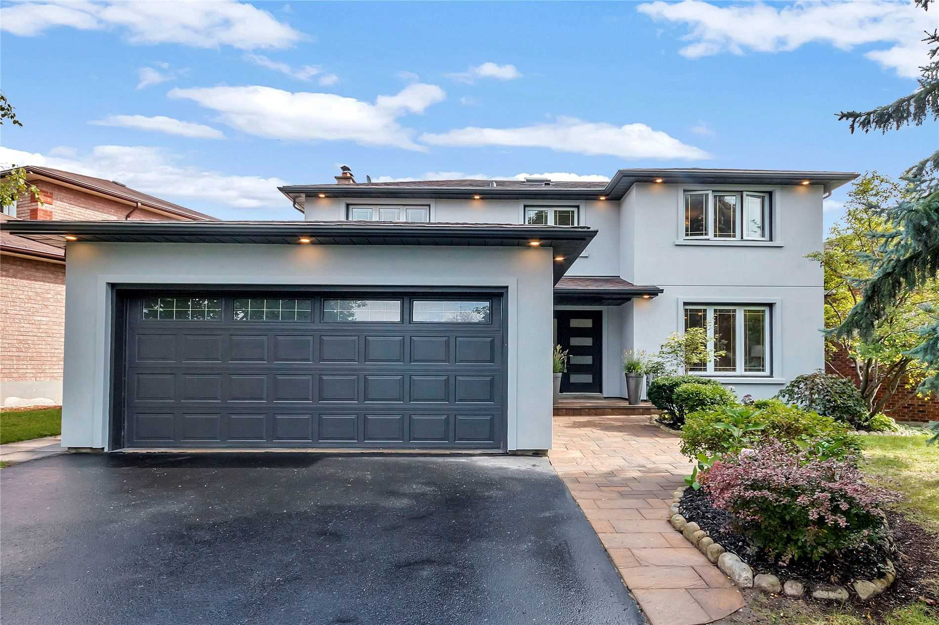 pictures of 234 Hemlock Dr, Whitchurch-Stouffville L4A5A5