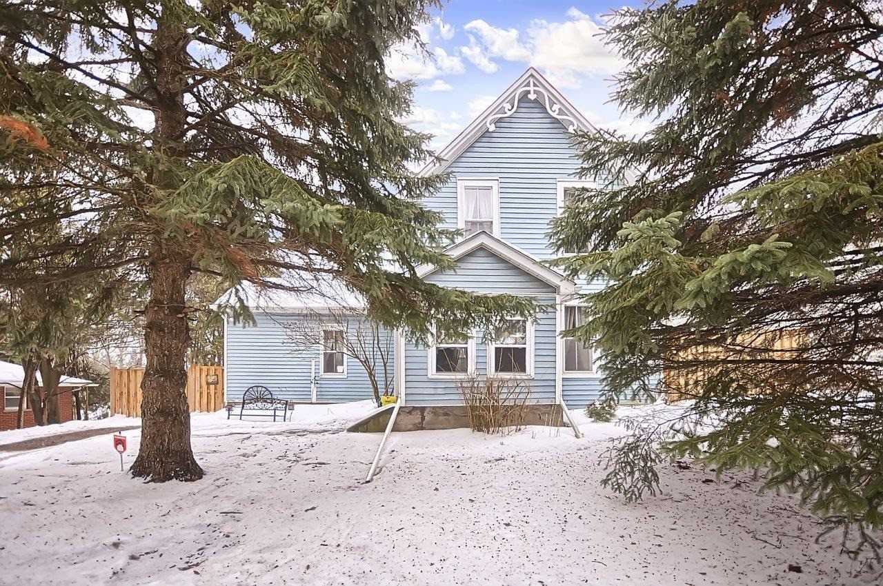 pictures of house for sale MLS: N4697073 located at 282 Brock St W, Uxbridge L9P1G1