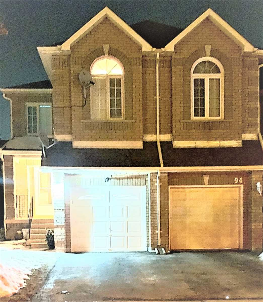pictures of house for sale MLS: N4701286 located at 92 Denton Circ, Vaughan L6A2N4
