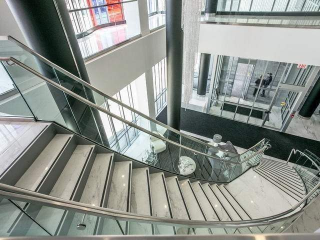 Image 9 of 16 showing inside of 1 Bedroom Condo Apt Apartment for Sale at 9471 Yonge St Unit# 540, Richmond Hill L4C0Z5