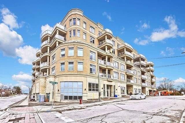 pictures of 15277 Yonge St, Aurora L4G1Y3