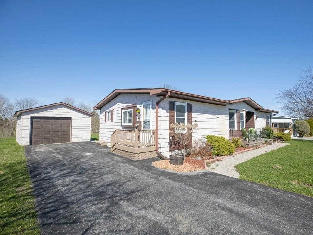 pictures of house for sale MLS: N4710866 located at 34 Damsel Circ, Georgina L0E1R0