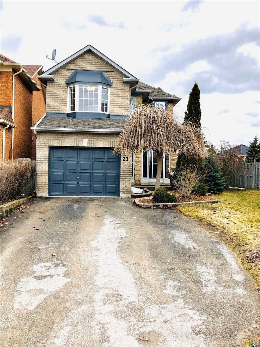 pictures of house for sale MLS: N4720442 located at 21 Nation Crt, Uxbridge L9P1W2