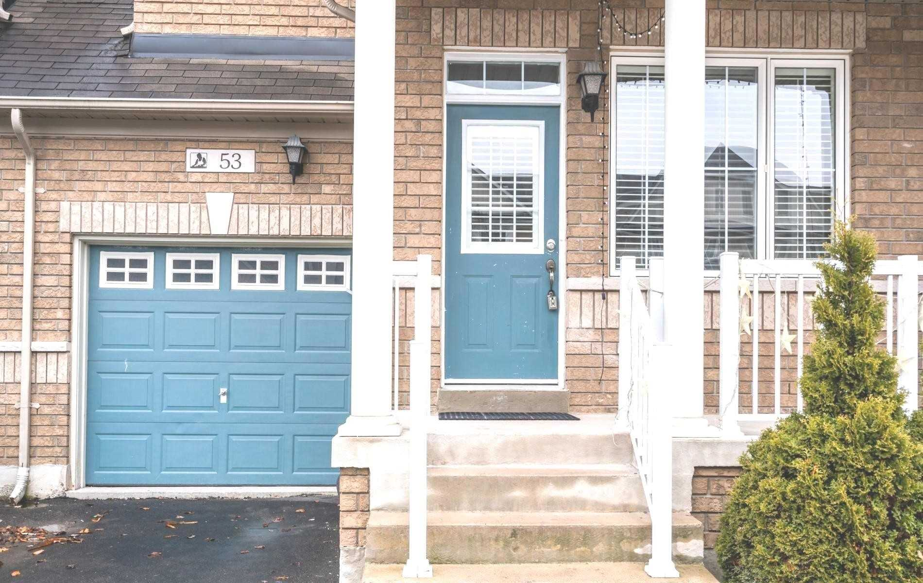 pictures of house for sale MLS: N4724810 located at 53 Lebovic Dr, Richmond Hill L4E5C6