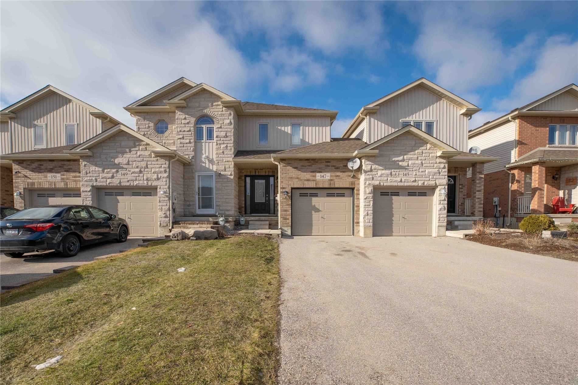 pictures of house for sale MLS: N4728124 located at 147 Banting Cres, Essa L0M1B6