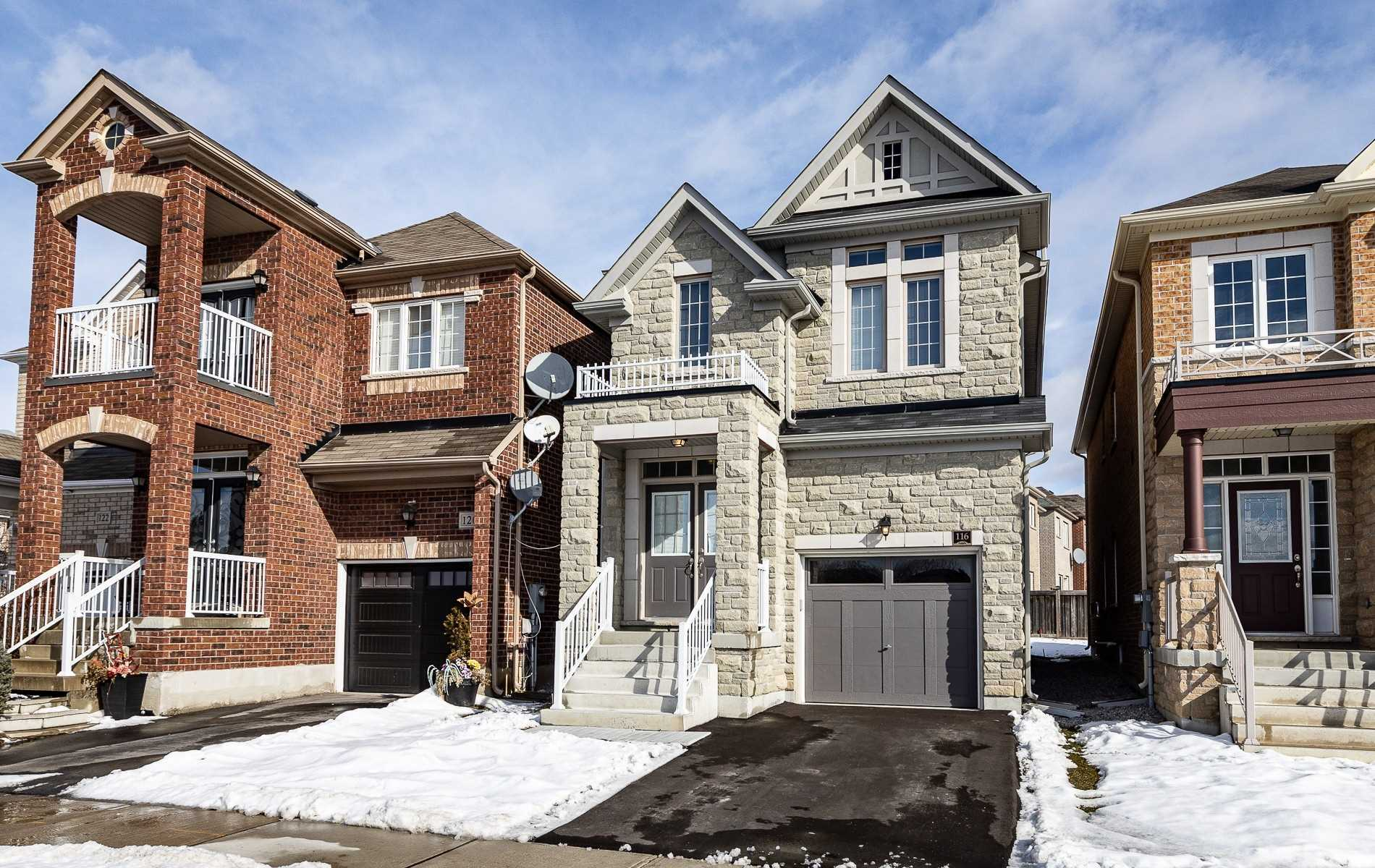 pictures of house for sale MLS: N4731865 located at 116 Chayna Cres, Vaughan L6A0L6