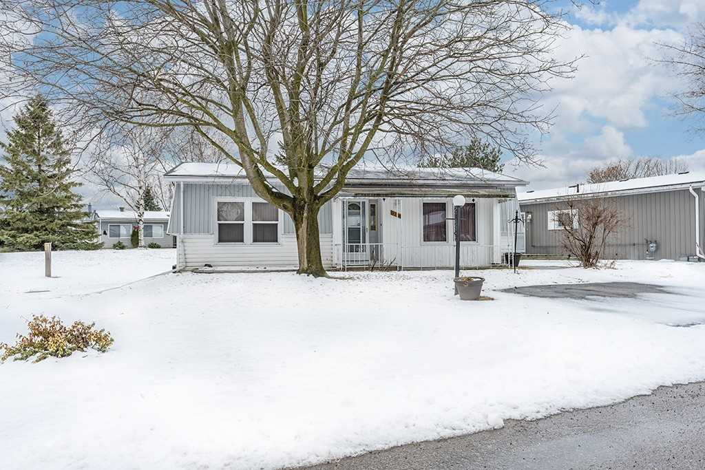pictures of house for sale MLS: N4732753 located at 75 Linden Lane, Innisfil L9S1P3