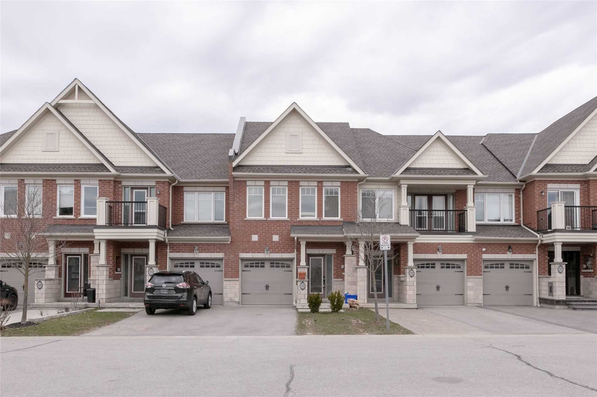 pictures of house for sale MLS: N4742986 located at 73 All Points Dr, Whitchurch-Stouffville L4A0W6