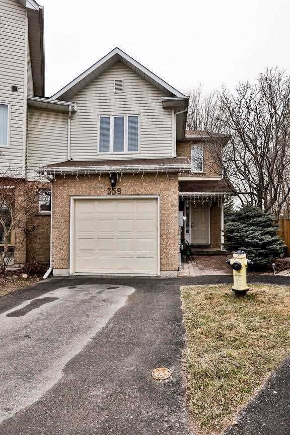pictures of house for sale MLS: N4744251 located at 359 Riddell Crt, Newmarket L3Y8M8