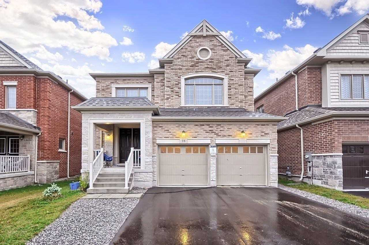 pictures of 18 Deer Pass Rd, East Gwillimbury L9N0S5