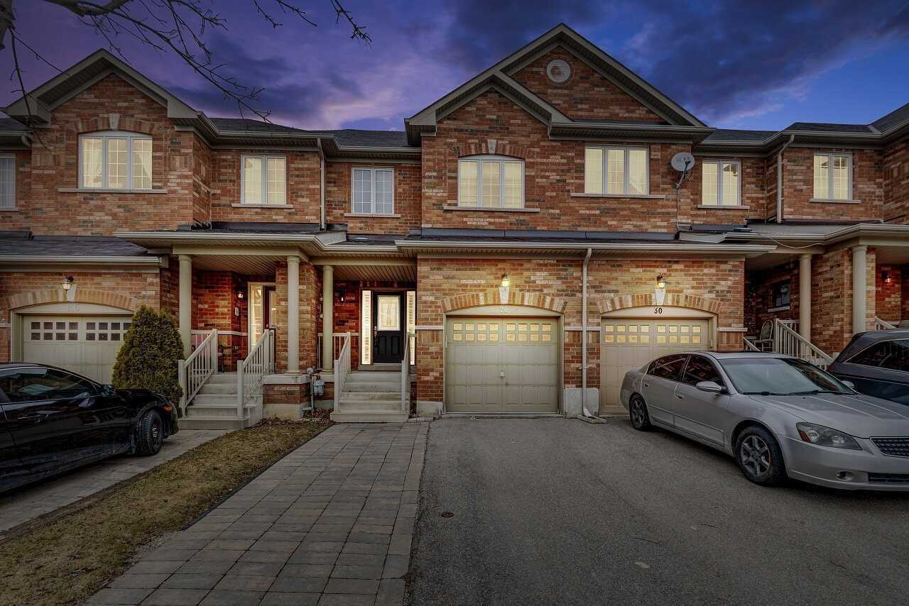 pictures of house for sale MLS: N4755382 located at 28 Neuchatel Ave, Vaughan L4H2Y2