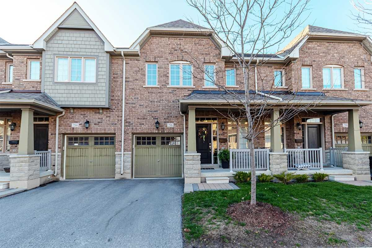 pictures of 796 Harry Syratt Ave, Newmarket L3X0A3