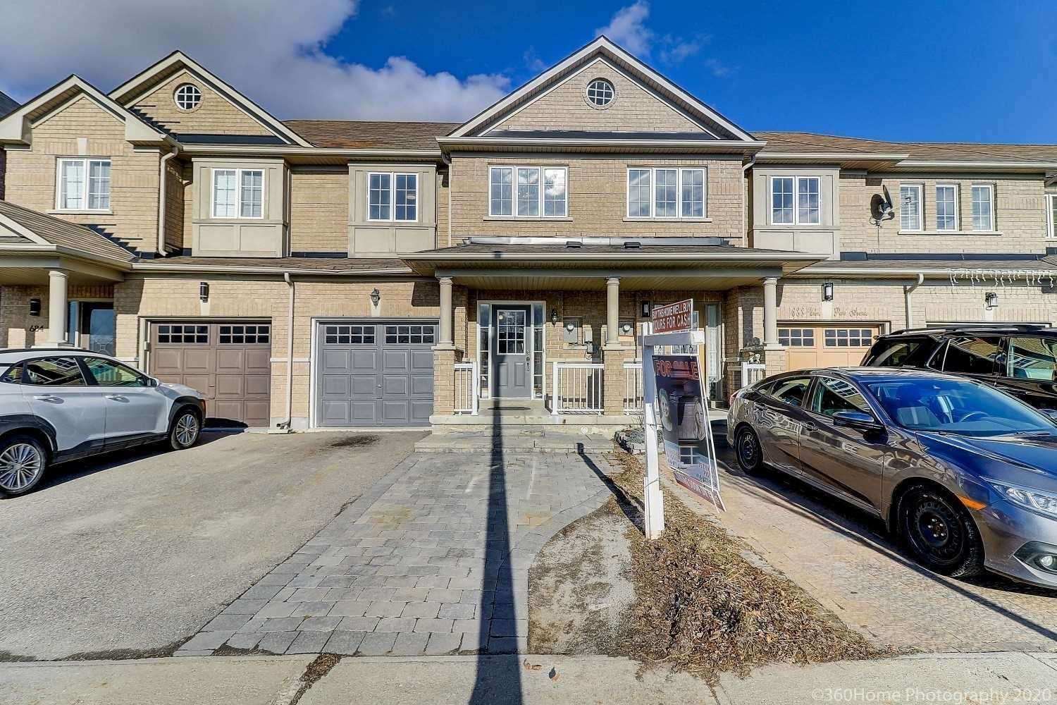 pictures of house for sale MLS: N4763156 located at 686 Vellore Park Ave, Vaughan L4H0G5