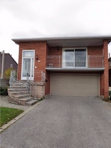 pictures of 103 Mccabe Cres, Vaughan L4J2S6