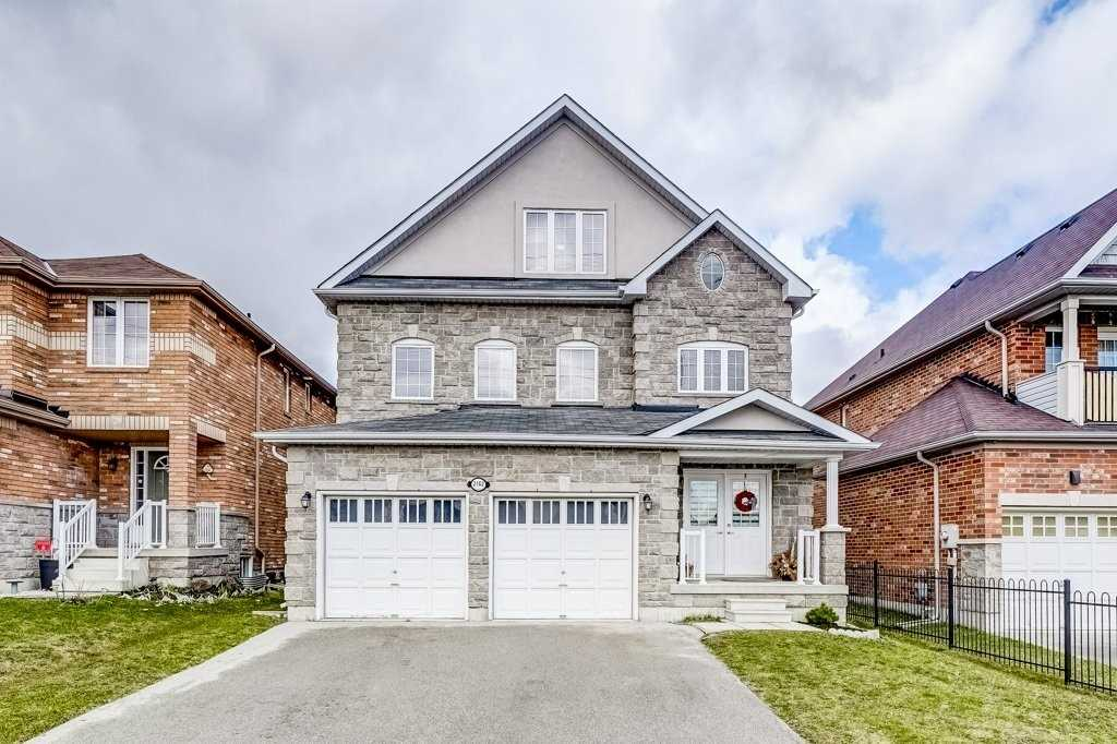 pictures of 2162 Taggart Crt, Innisfil L9S0C4