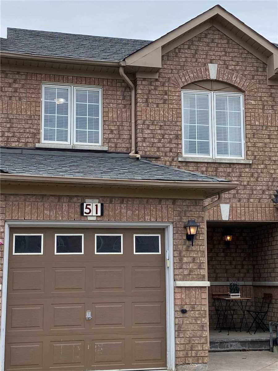 pictures of house for sale MLS: N4765032 located at 51 Lodgeway Dr, Vaughan L6A3S4