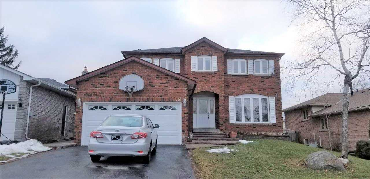 pictures of 86 Howlett Ave, Newmarket L3Y5S5