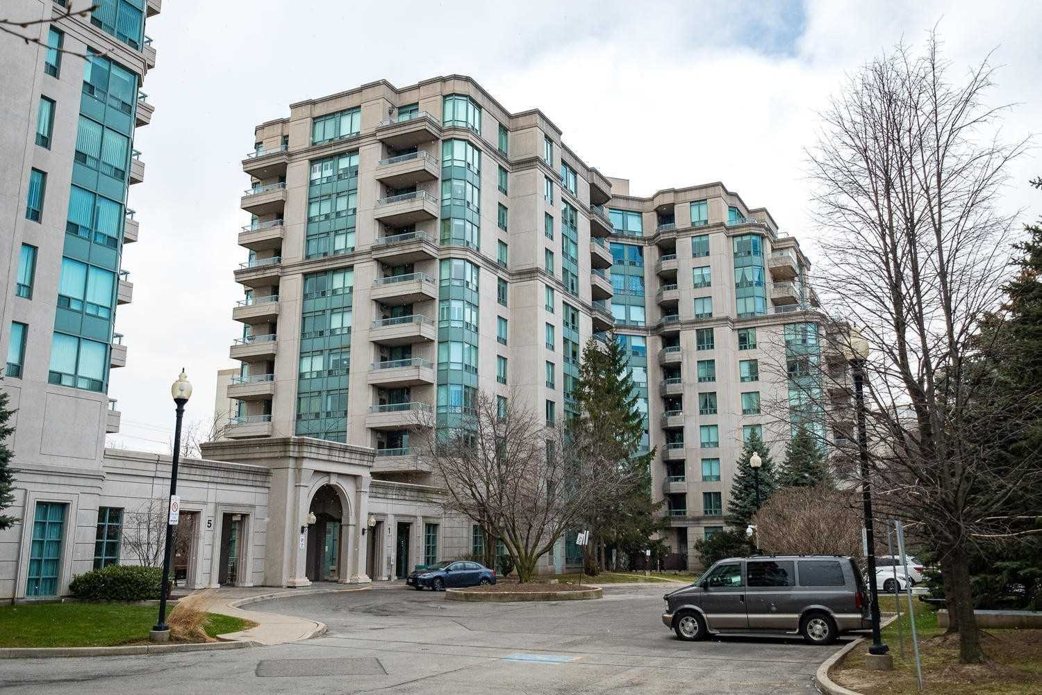 pictures of 1 Emerald Lane, Vaughan L4J8N2