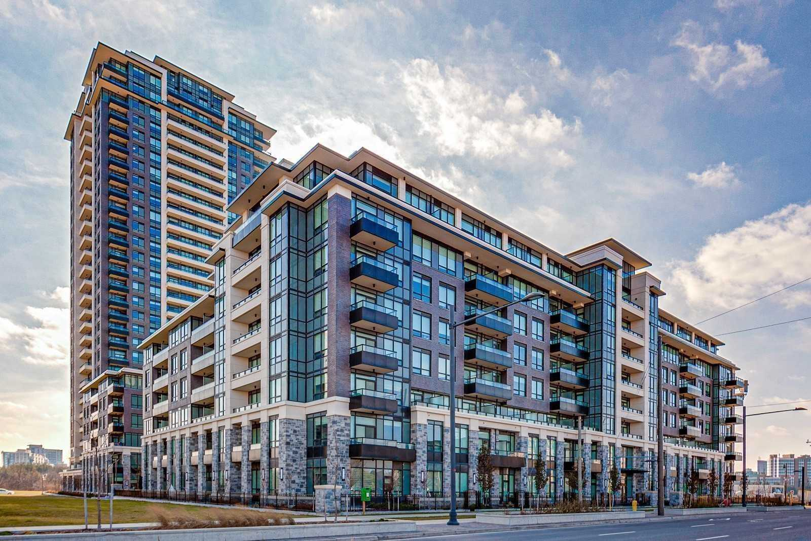 pictures of 15 Water Walk Dr, Markham L6G0G2