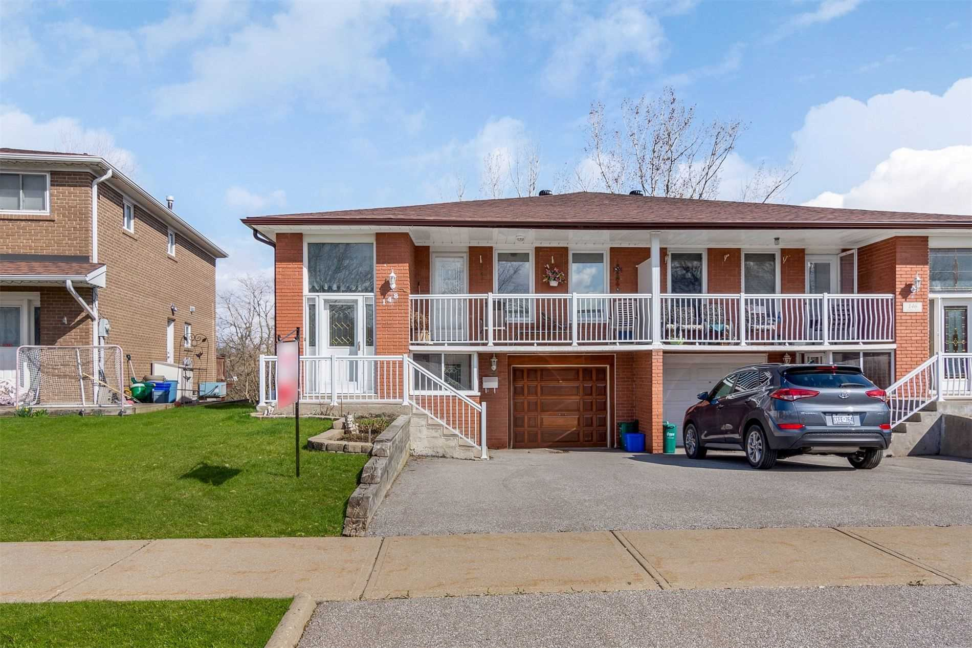 pictures of house for sale MLS: N4768568 located at 148 Rainbow Dr, Vaughan L4L2K7