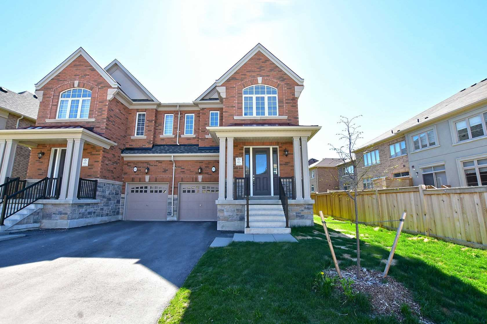 pictures of 105 Forest Edge Cres, East Gwillimbury L9N1R8