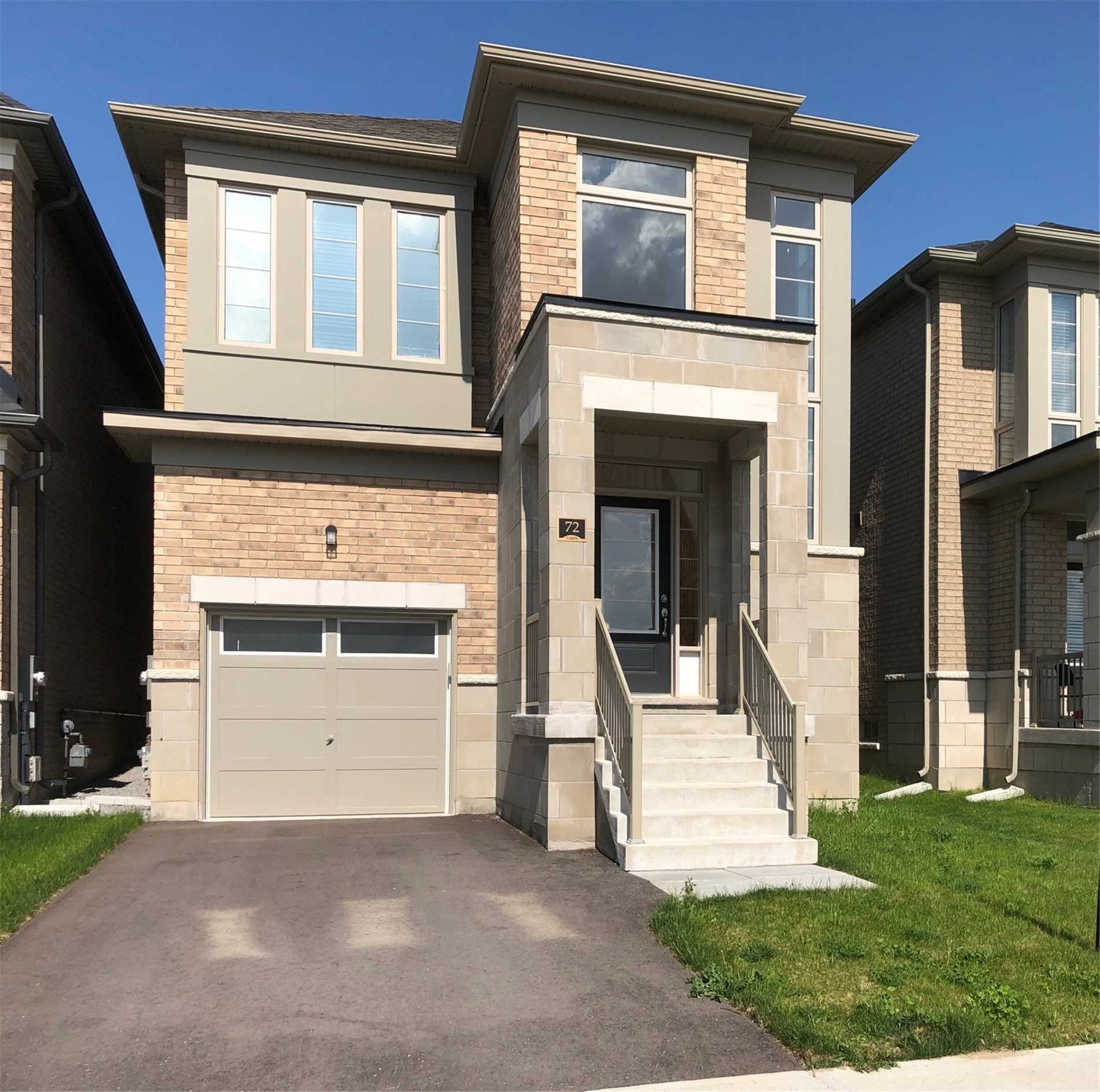 pictures of 72 Falconridge Terr, East Gwillimbury L9N0R2